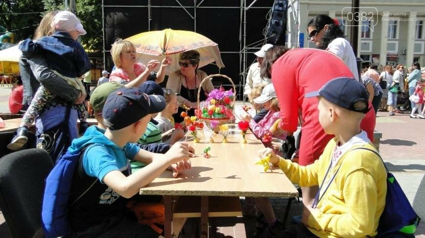 Перший день літа у Хмельницькому: парад близнят та виступи талантів зі всієї України (Фото, Відео), фото-7