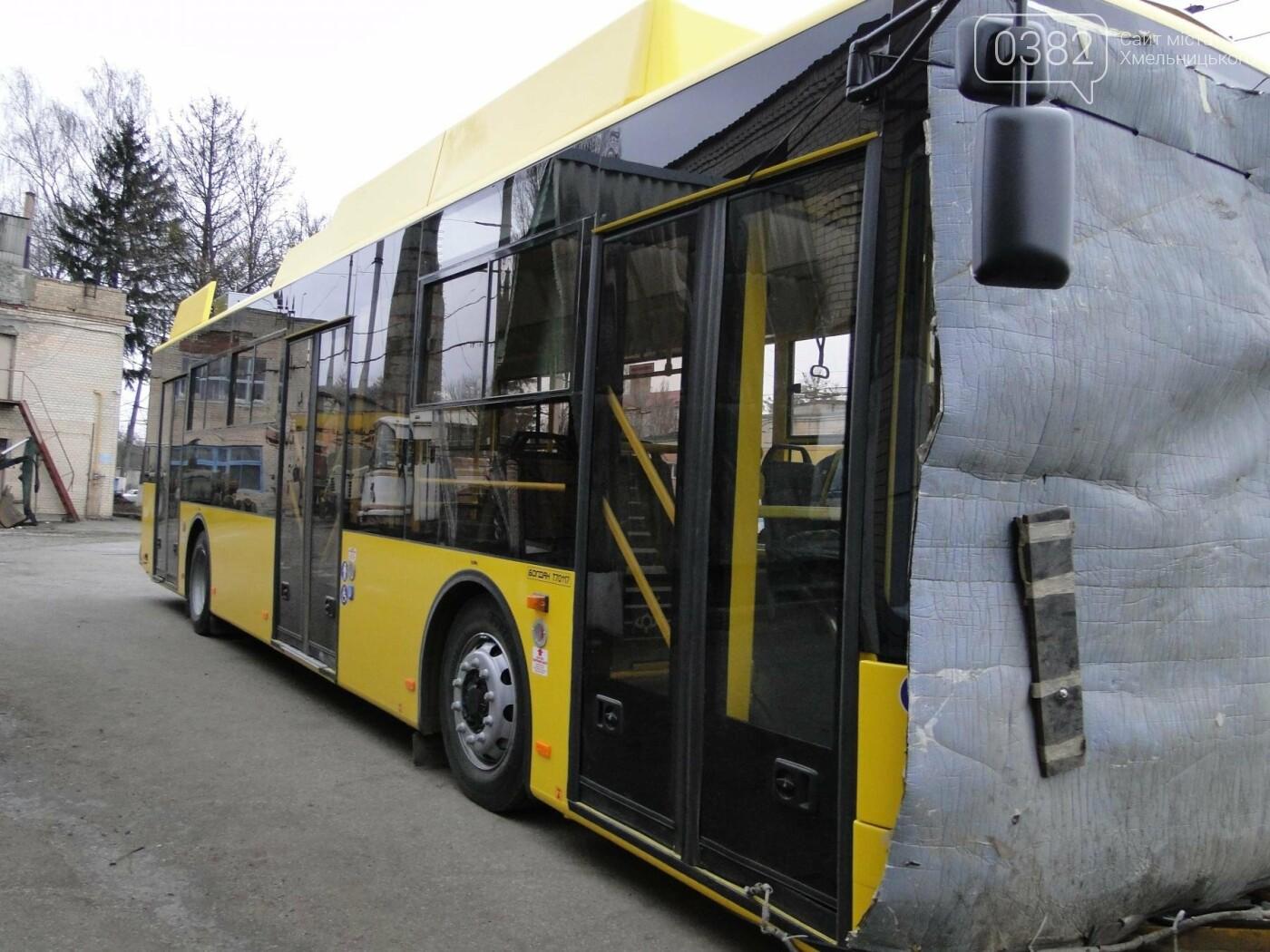 У Хмельницький прибула перша партія нових тролейбусів. ФОТО, фото-3