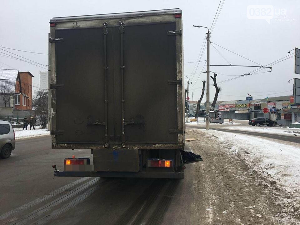 """У Хмельницькому під колеса вантажівки """"МАН"""" потрапив пішохід. ФОТО, фото-1"""