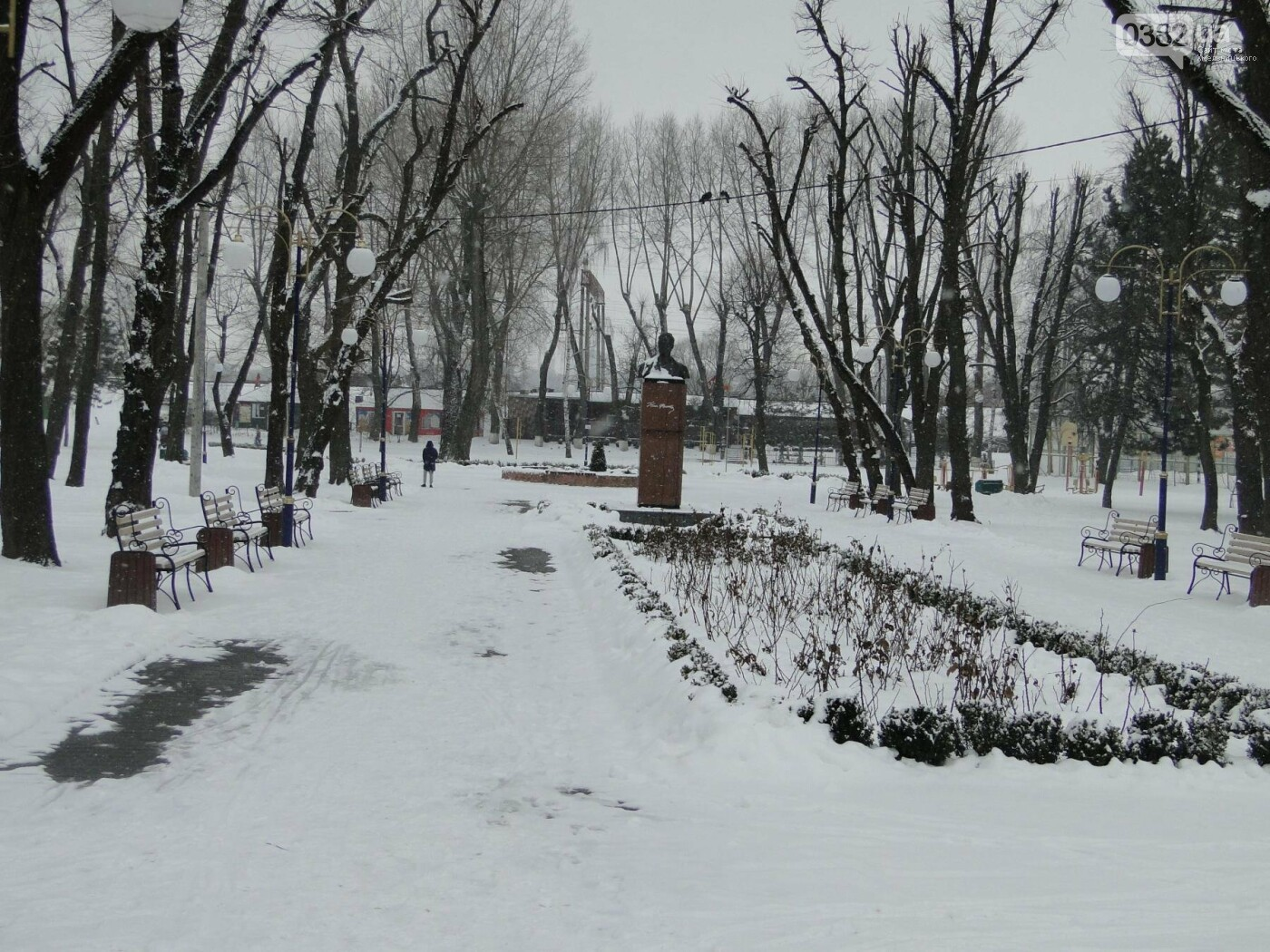 Засипало: пішки по Хмельницькому в останні дні лютого березня. ФОТО, фото-3