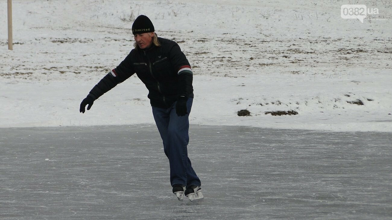 Теплий термос й хороша компанія: зимова рибалка у Хмельницькому, фото-5