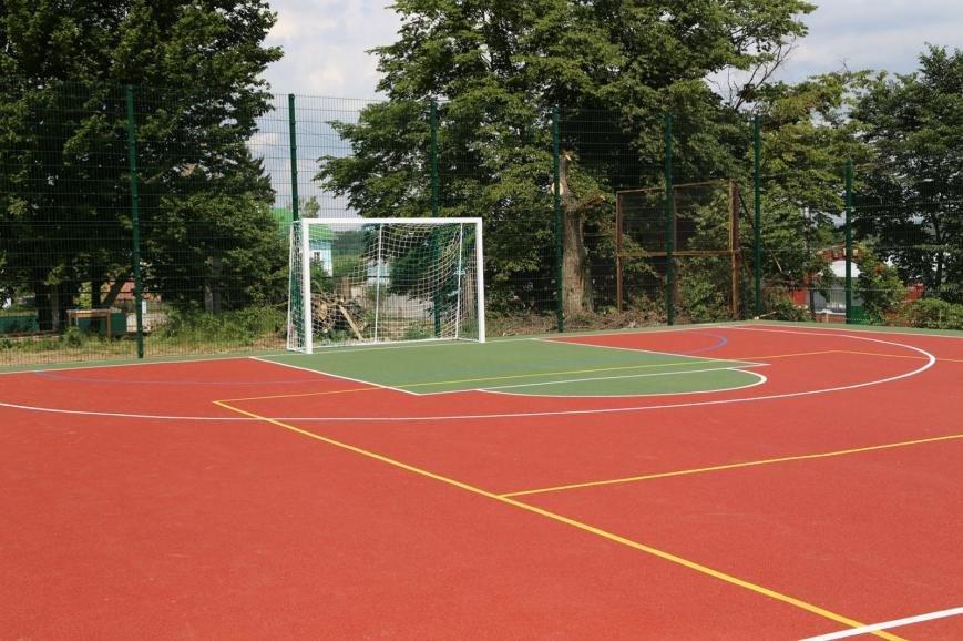 У хмельницькій «Чайці» дітей зустрів новий спортивний майданчик (Фото), фото-2