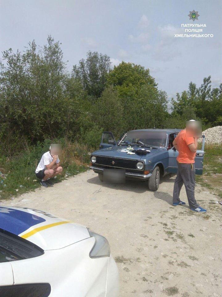 На Прибузькій затримали молодика, який вводив через шприц собі наркотики (ФОТО), фото-2