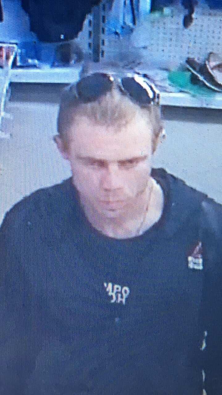 Хмельницька поліція просить допомогти знайти серійного крадія (Фото), фото-1