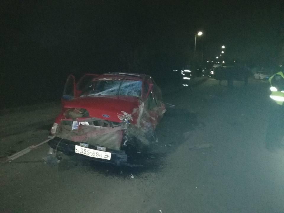 Моторошне зіткнення автомобілів у Хмельницькому: в аварії постраждала дитина (Фото), фото-2