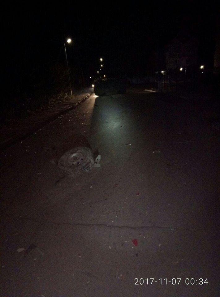 Моторошне зіткнення автомобілів у Хмельницькому: в аварії постраждала дитина (Фото), фото-6