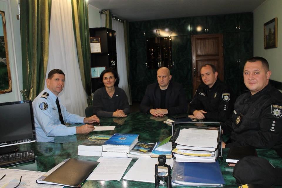 Жан-Люк Ломон ділився досвідом роботи в жандарменії Франції з хмельницькими правоохоронцями (Фото), фото-1