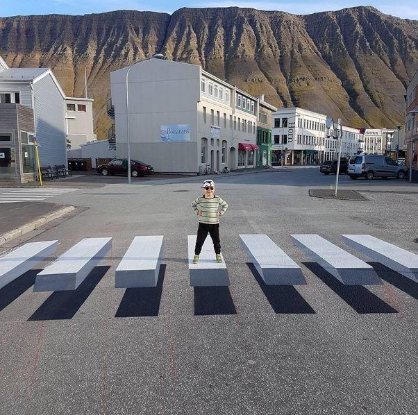 Ти не зіб'єш: 3D-зебра не дає водіям вбивати пішоходів, фото-5