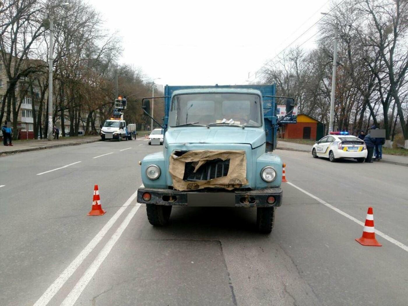 У Хмельницькому з інтервалом в кілька хвилин збили двох пішоходів (Фото), фото-2