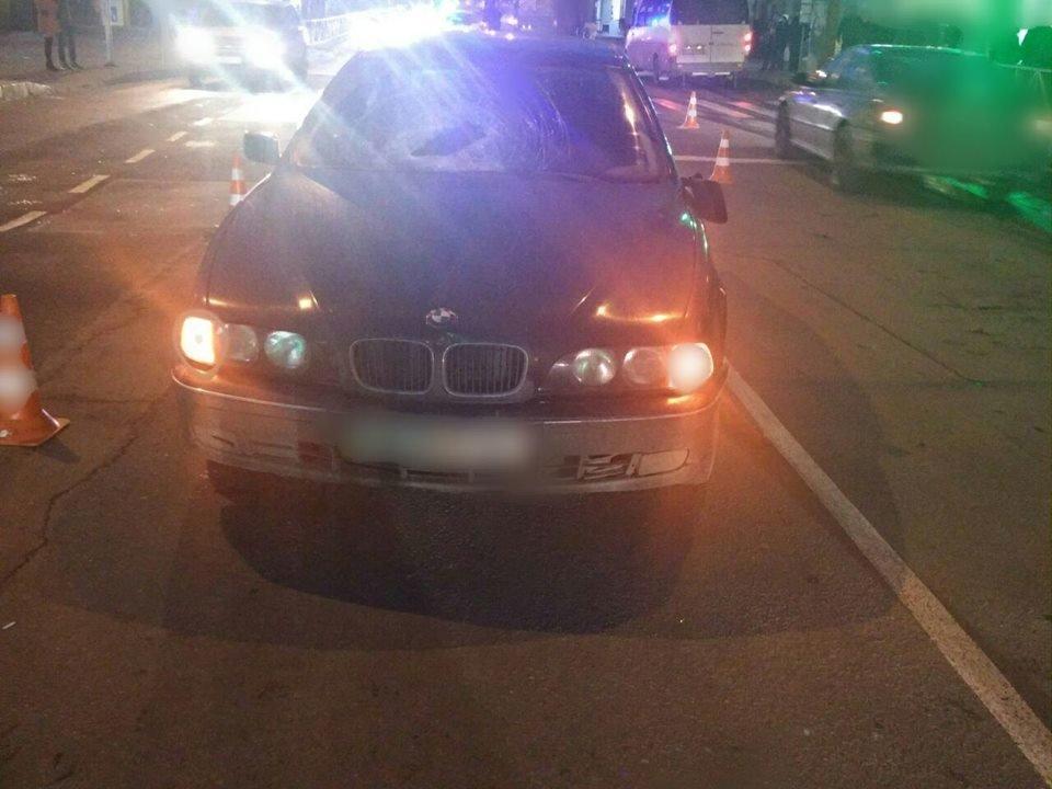 """У Хмельницькому водій  """"BMW"""" збив пішохода, фото-1"""