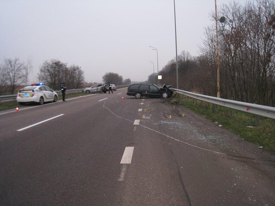 На трасі «Київ - Чоп» в аварії постраждала сім'я з Хмельниччини (Фото), фото-4