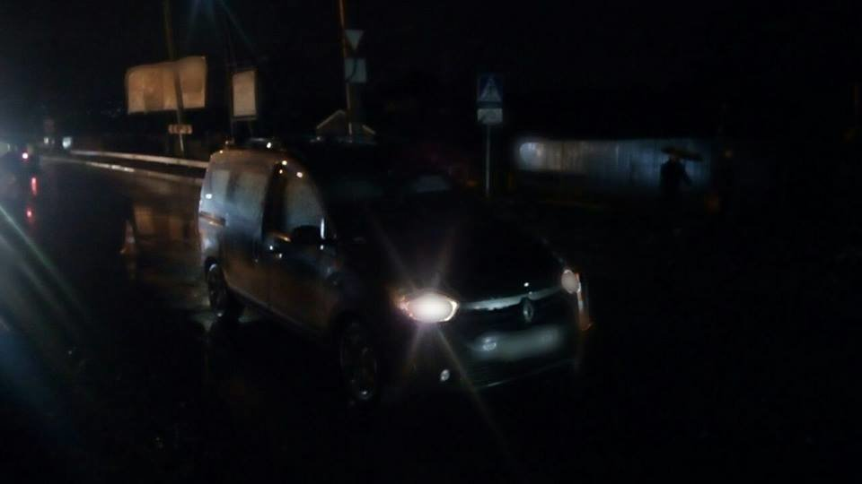 У Хмельницькому під колеса автомобілів потрапили два пішохода.ФОТО, фото-2