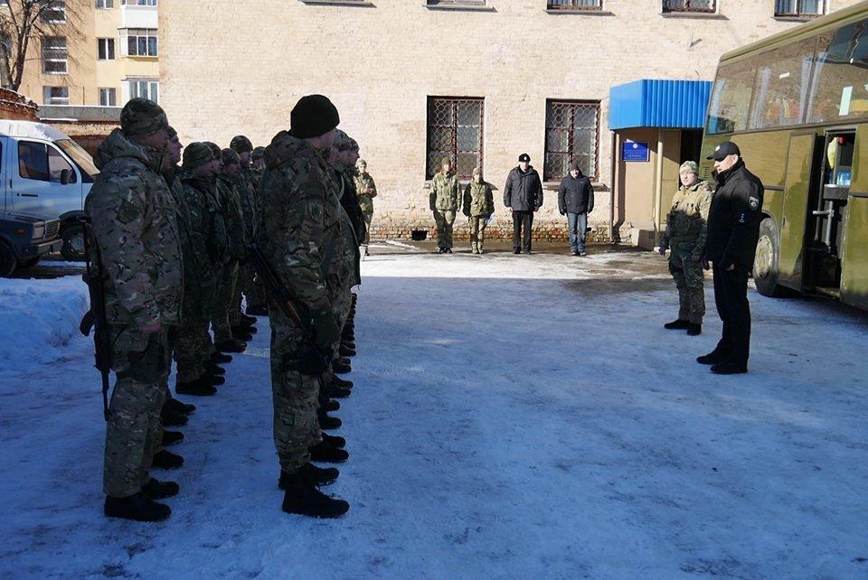 Ротація в зоні АТО: з Хмельницького на Схід відправилися правоохоронці. ФОТО, фото-6