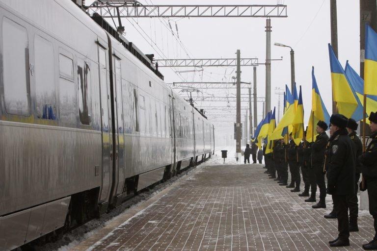 Подільські ліцеїсти взяли участь у всеукраїнських меморіальних заходах до 100-річчя бою під Крутами.ФОТО, фото-1