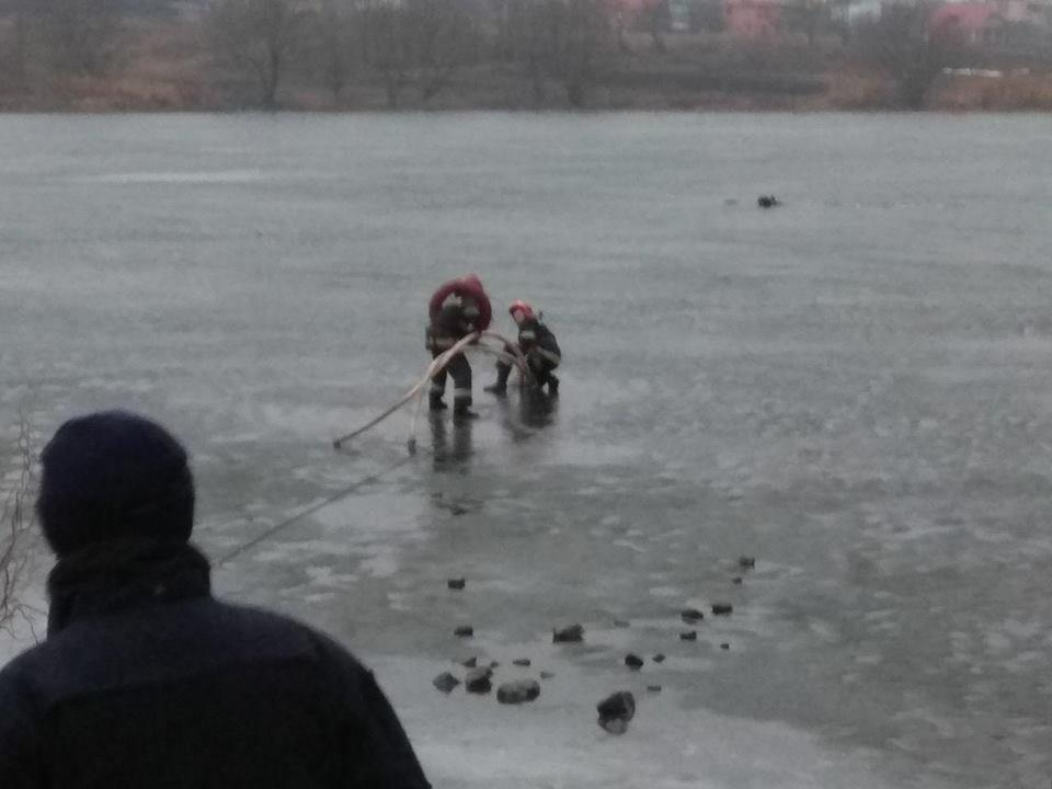 Як я радий вас бачити: У Хмельницькому випадково врятували чоловiка, що опинився у водi.ФОТО.ВІДЕО, фото-1