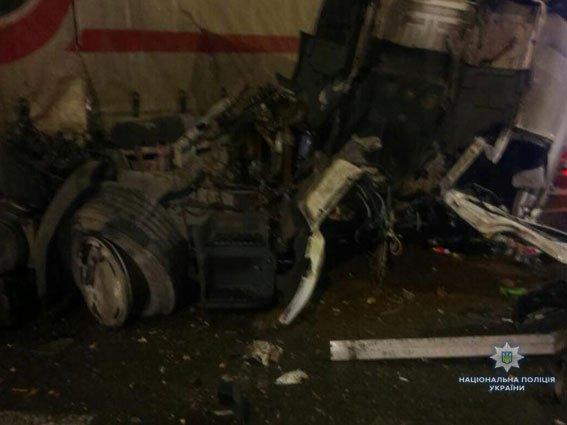 Хмельничанин потрапив в моторошну автокатастрофу на Львівщині. ФОТО, фото-1