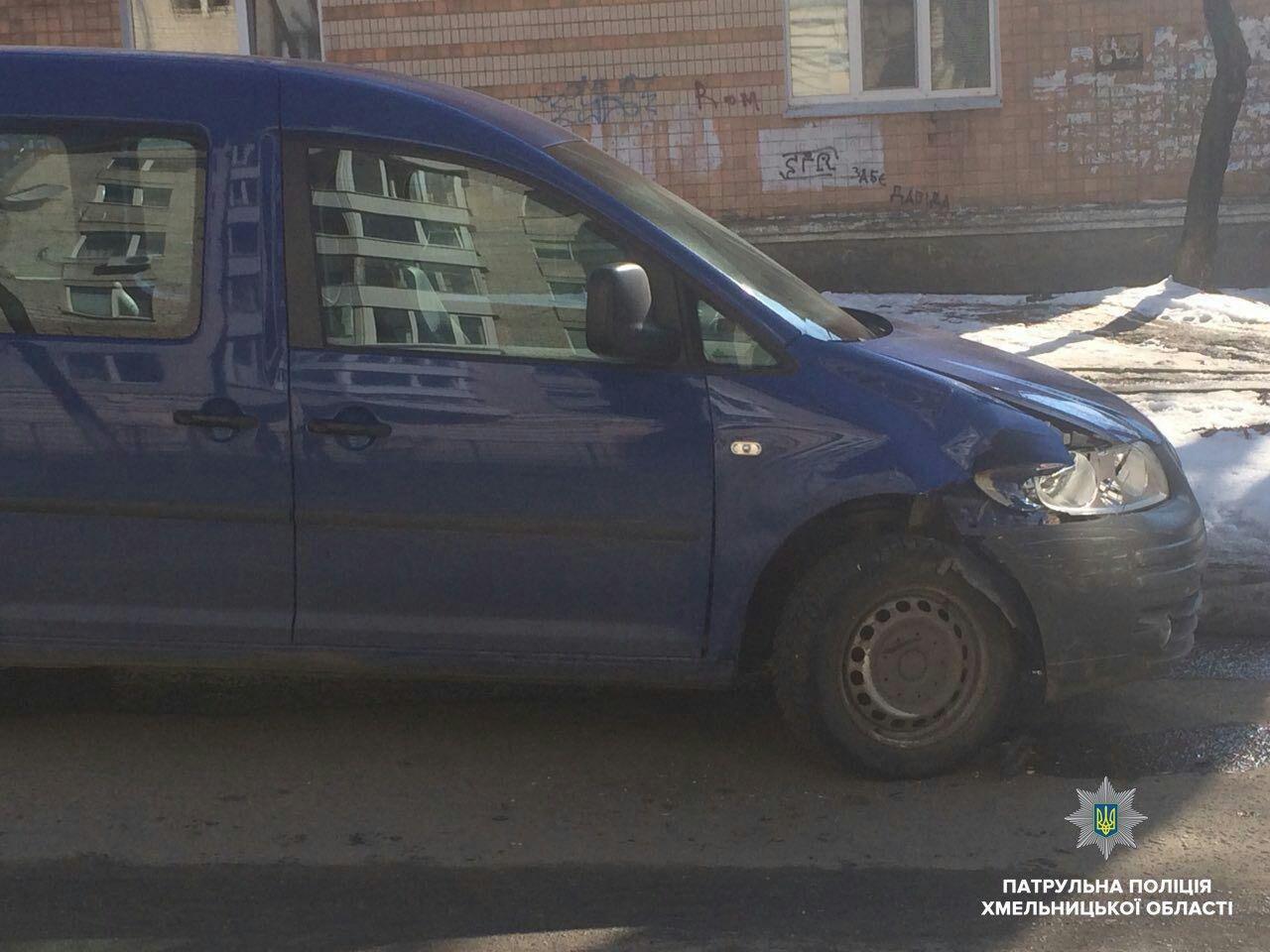 Патрульні шукають водія, який в центрі Хмельницького скоїв ДТП, фото-2