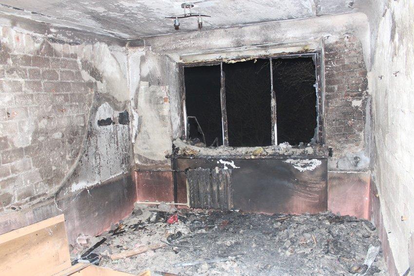 Вночі з палаючого гуртожитку коледжу надзвичайники рятували хмельницьких студентів, фото-3