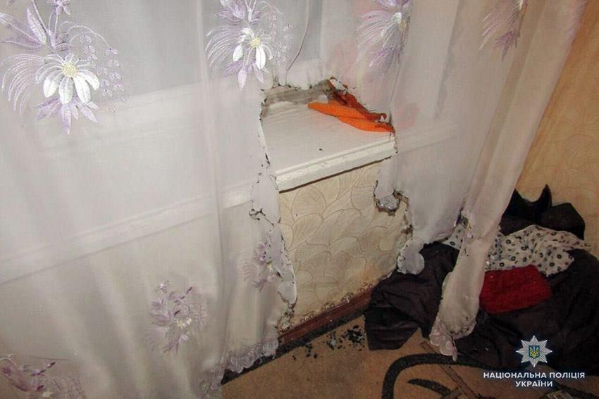 Ноутбук та нижня білизна: У Хмельницькому пограбували літню жінку, поки вона молилася у церкві, фото-1