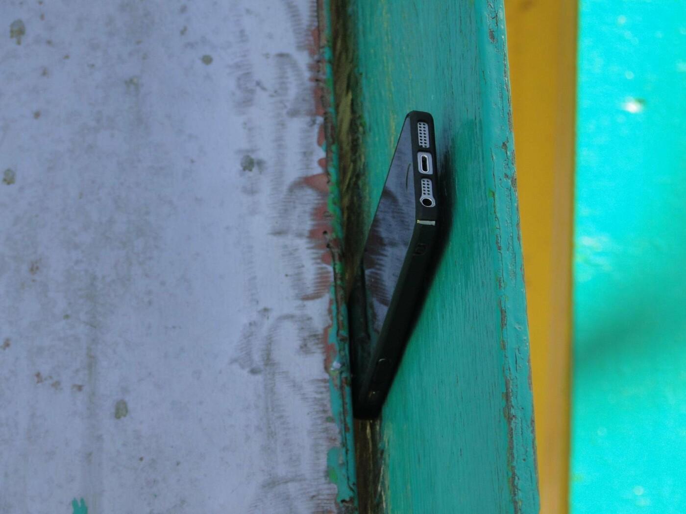 Травмоване дитинство: де зачаїлася небезпека на дитячому майданчику в парку Чекмана. ФОТО, фото-3