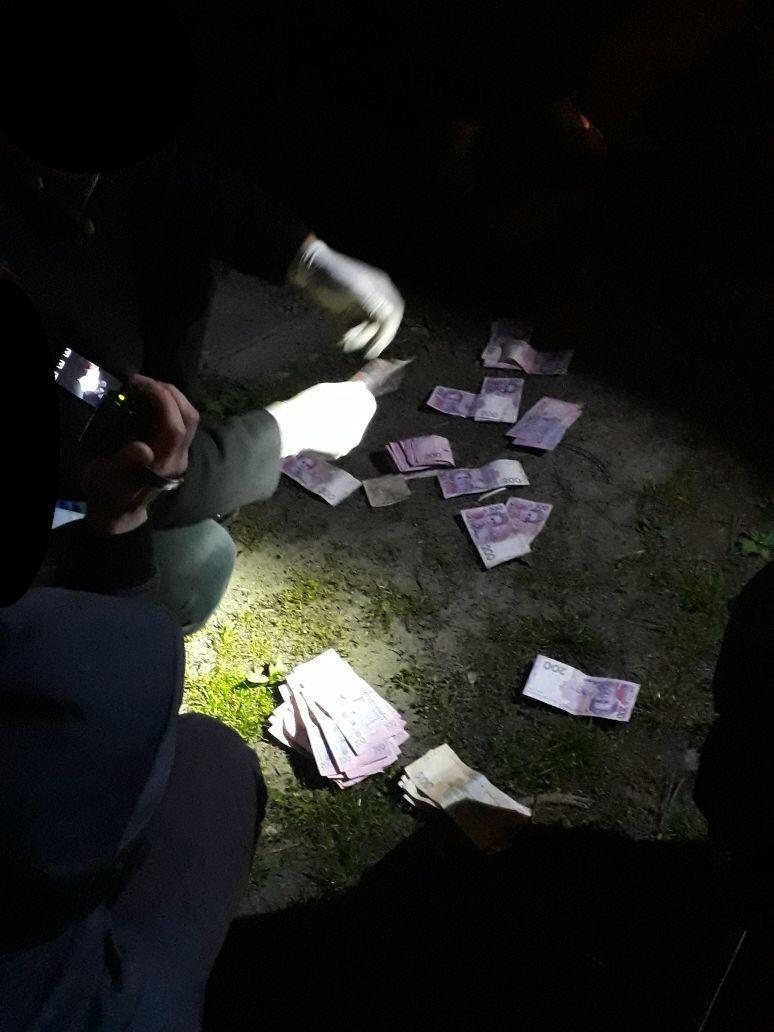 На Хмельниччині за хабар затримали правоохоронців. ФОТО, фото-1
