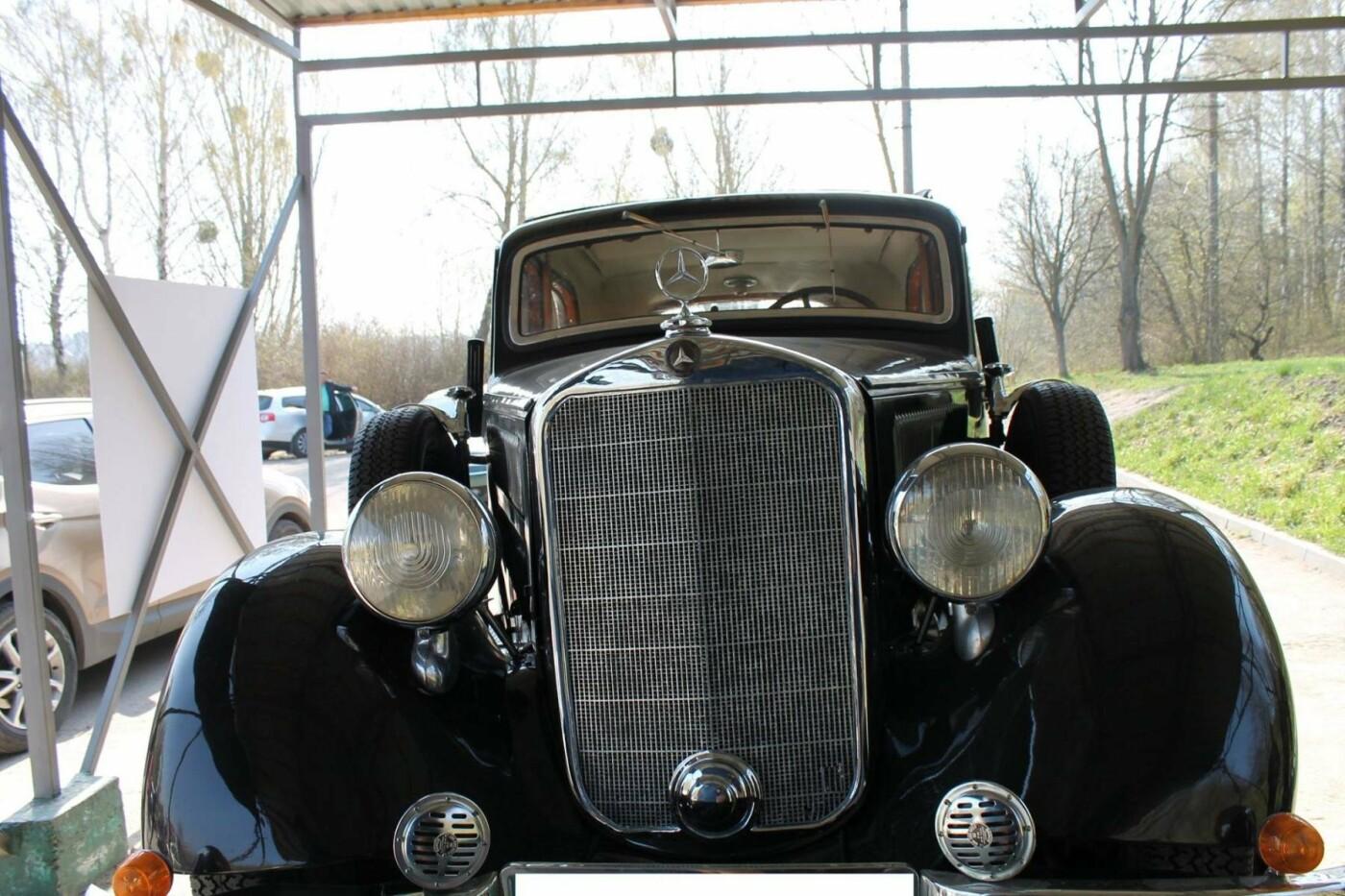«Автомобіль Папи Римського та президента рейху»: по Хмельницькому роз'їжджає унікальний «Mercedes». ФОТО, фото-2