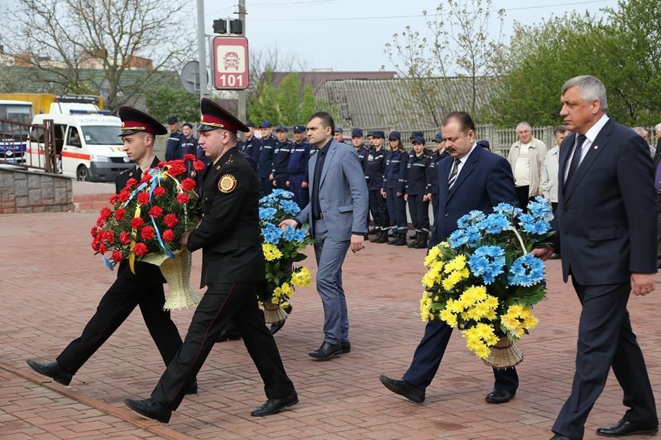 У Хмельницькому вшанували пам'ять жертв Чорнобильської трагедії, фото-10