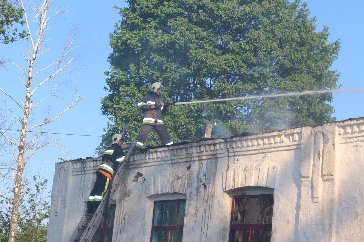 На Хмельниччині згоріла школа. ФОТО, фото-2