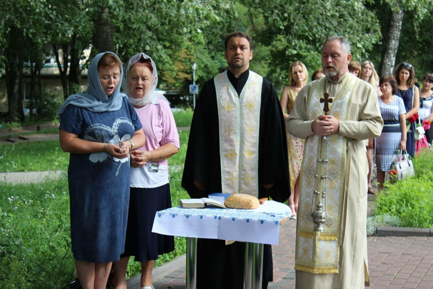 У Хмельницькому поклали квіти до пам'ятного знаку «Жертвам репресій». ФОТО, фото-4