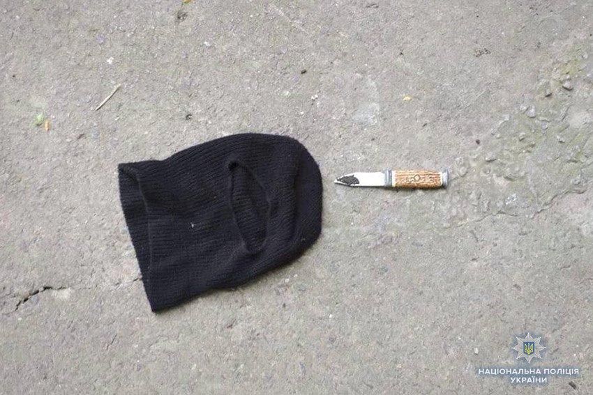 На Хмельниччині чоловік в масці пограбував магазин. ФОТО, фото-3