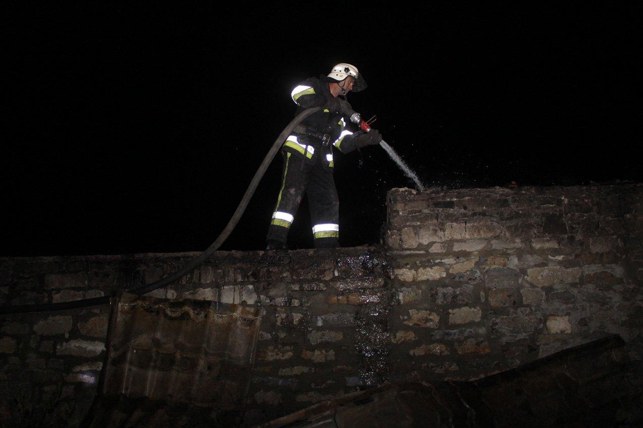 На Хмельниччині надзвичайники попередили пожежу готельного комплексу. ВІДЕО, фото-1