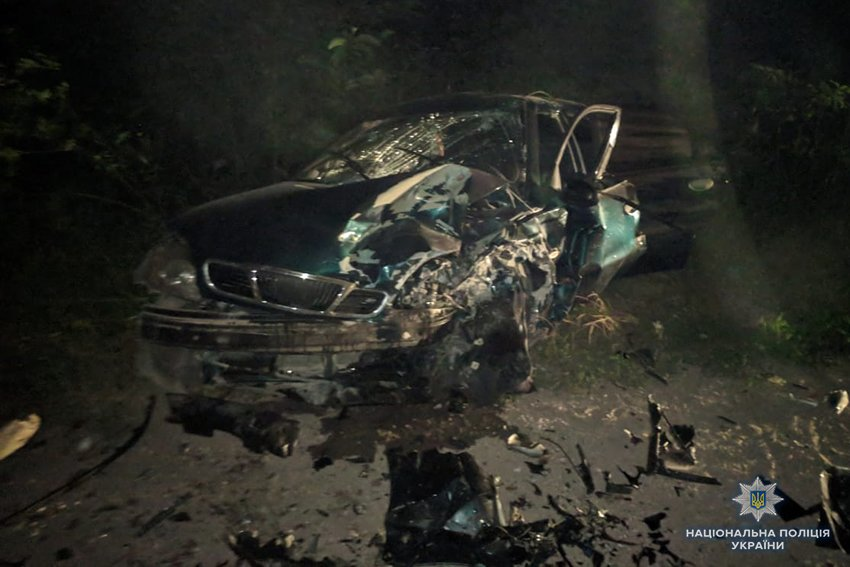В потрійній ДТП на Хмельниччині постраждало п'ятеро людей. ФОТО, фото-1