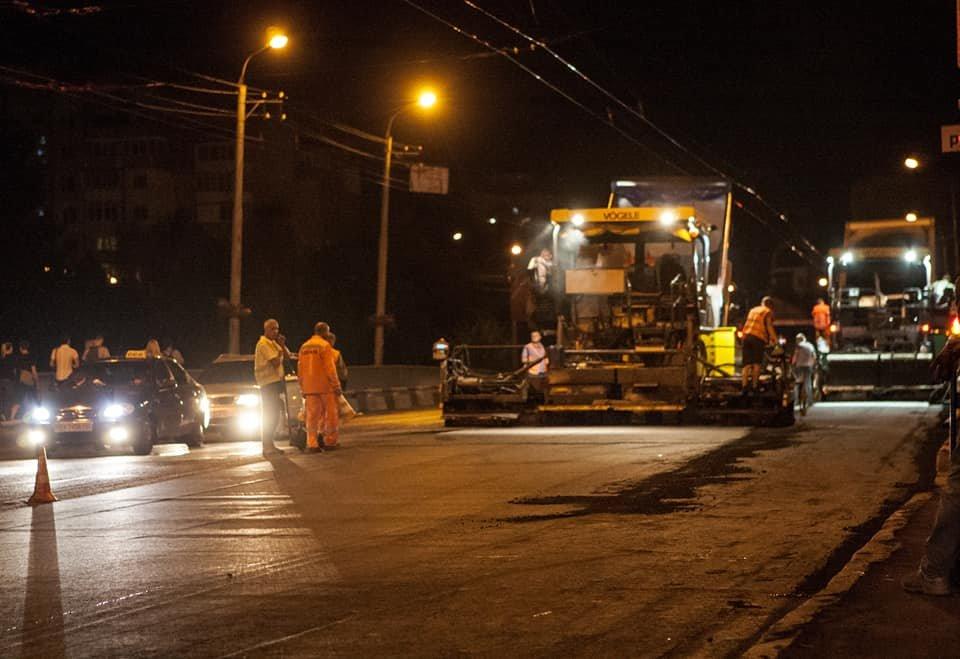 Ремонт ділянок вулиць Кам'янецької та Бандери завершено, тролейбуси працюватимуть у звичному режимі, фото-1