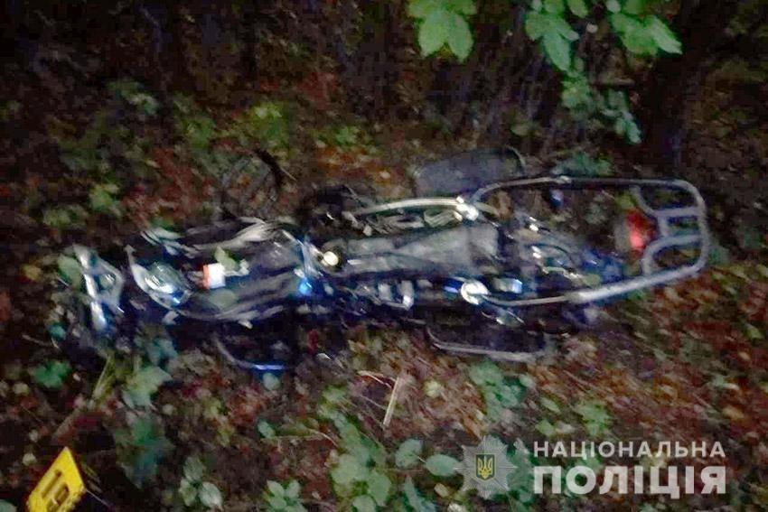 На Хмeльниччині у ДТП загинув мотоцикліст та його пасажир , фото-1
