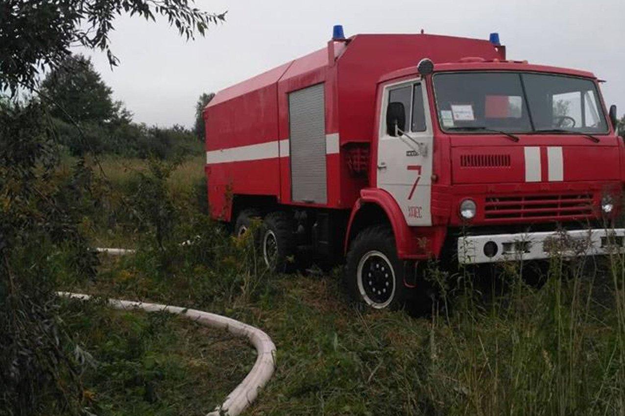 Хмельницька область: рятувальники ліквідували пожежу торфу, фото-1