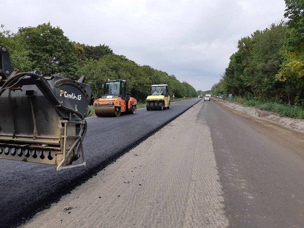 На автодорозі М-12 триває ремонт: 70% робіт уже виконано , фото-1