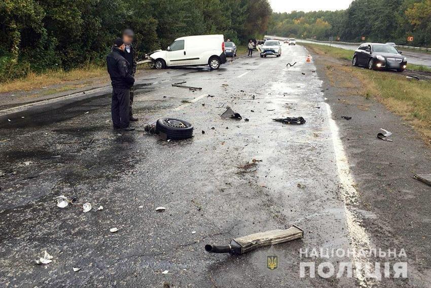 Поблизу Хмельницького сталося потрійне ДТП. Оновлено, фото-1