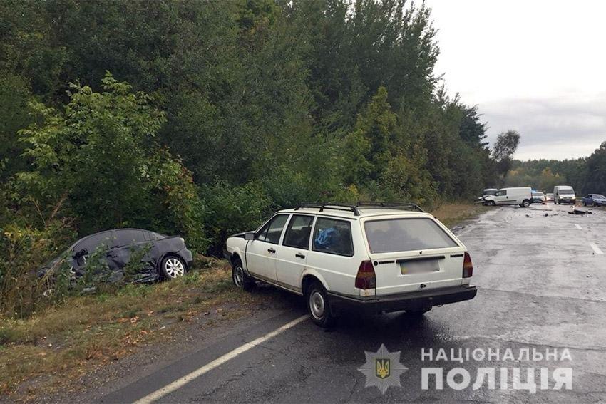 Поблизу Хмельницького сталося потрійне ДТП. Оновлено, фото-2