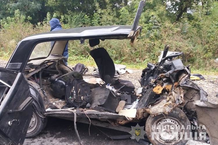 На Тернопільщині сталася аварія за участі родини з Хмельниччини. Троє загиблих та троє травмованих. ФОТО, фото-1
