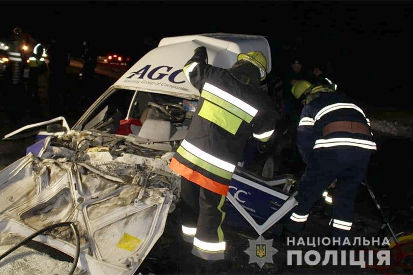 На Хмельниччині в жахливій ДТП загинули дві людини. ФОТО, фото-2