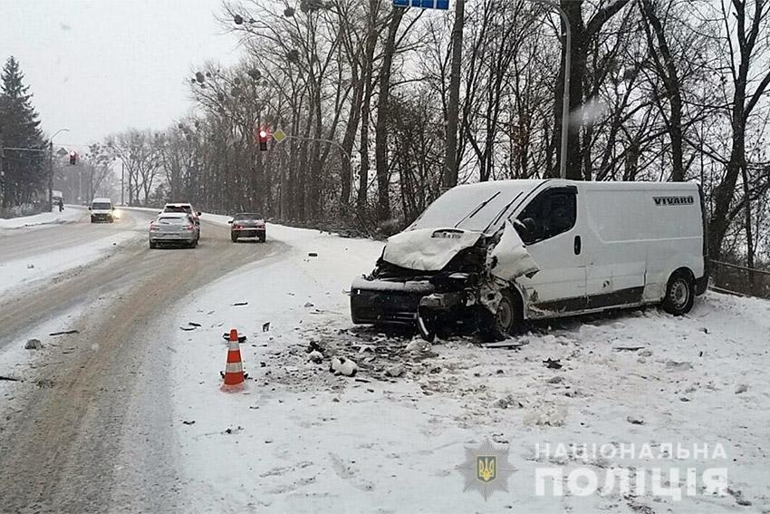 У ДТП в Хмельницькому постраждало двоє людей ДТП , фото-2