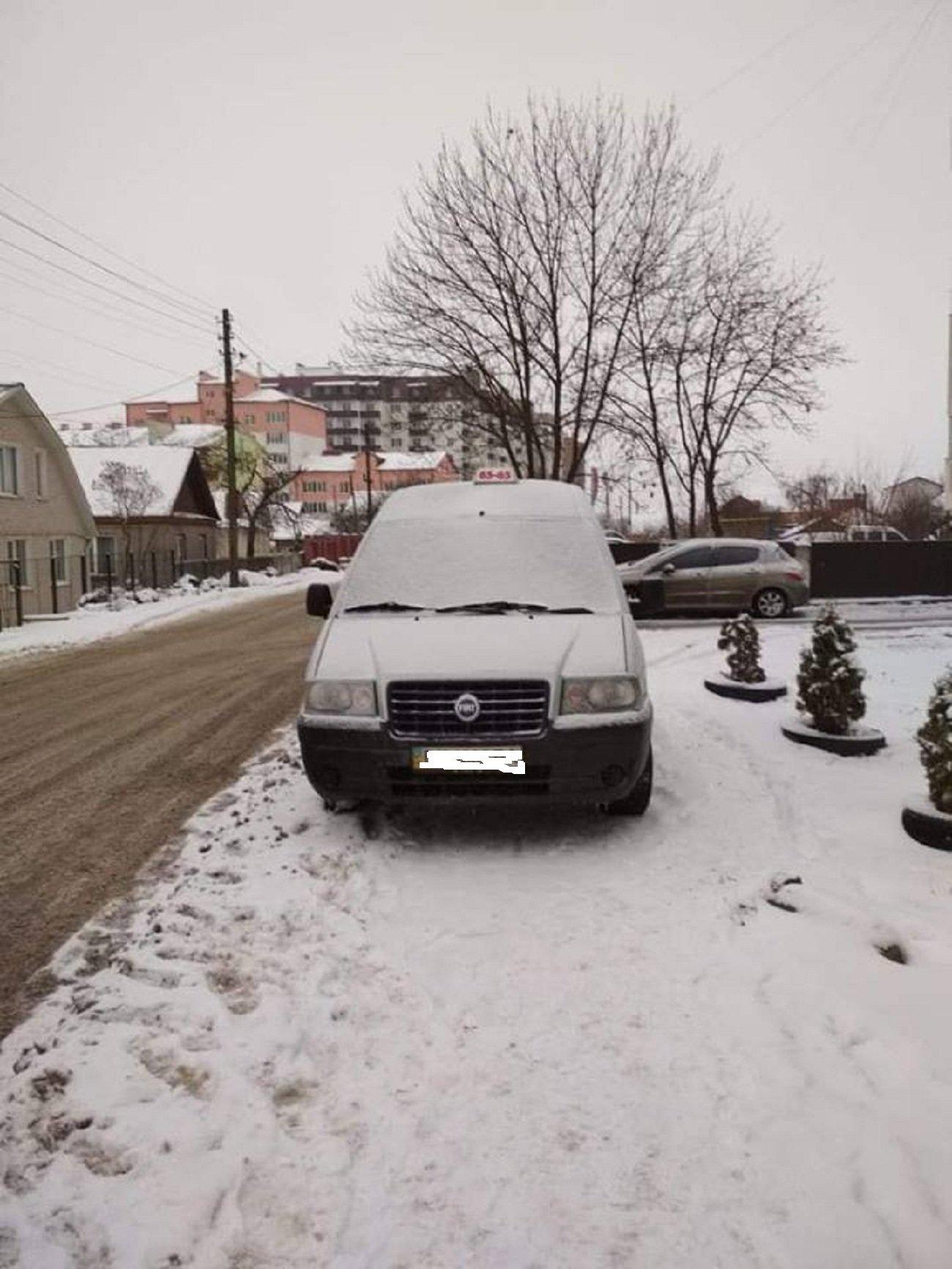 Автохам: підбірка фото хмельничан, що не вміють паркуватись, фото-2