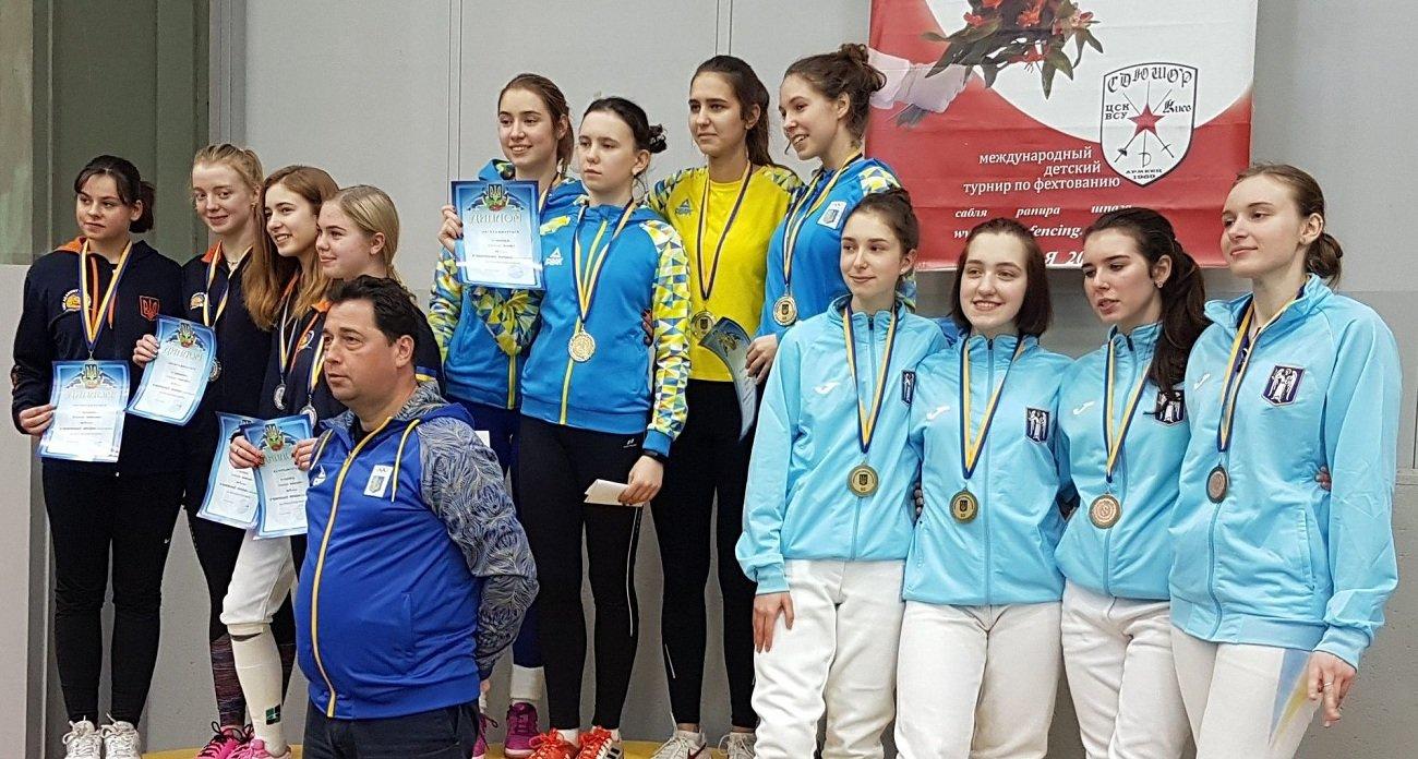 Хмельничанка виборола «золото» та «срібло» на етапі Кубку Європи з фехтування, фото-1