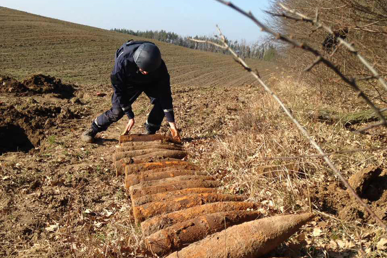 Піротехніки Хмельниччини знищили 27 артилерійських снарядів часів Другої світової війни, фото-1