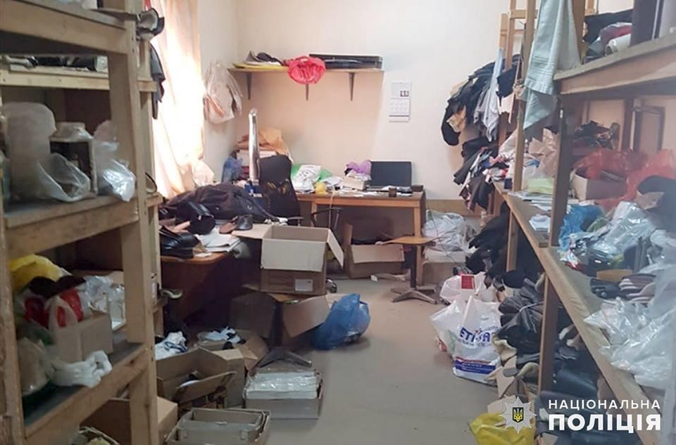 У Хмельницькому викрили підпільний цех, де працювали іноземці-нелегали, фото-2
