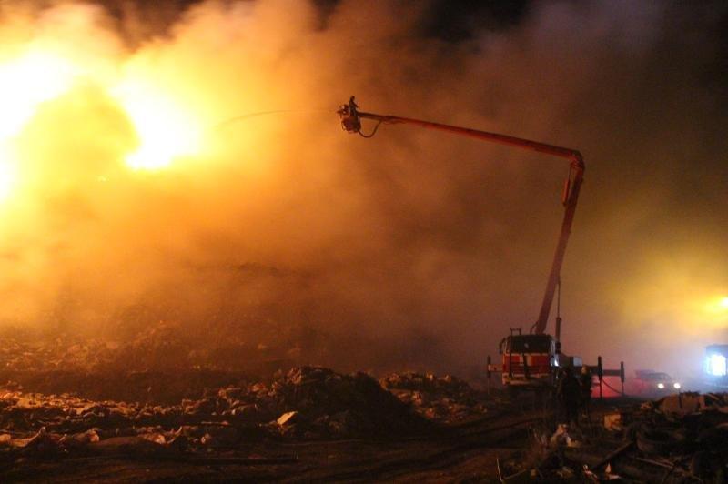 У Хмельницькому горіло міське сміттєзвалище, фото-3
