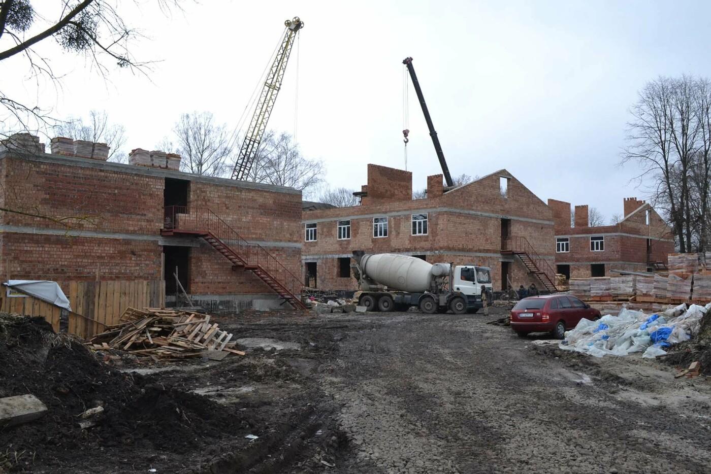На Хмельниччині будують житлові комплекси для військовослужбовців-контрактників, фото-5