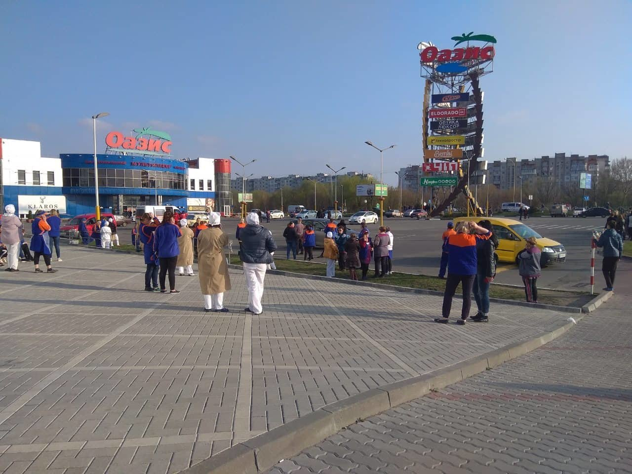 У Хмельницькому з торгівельних центрів євакуювали людей (фото), фото-2