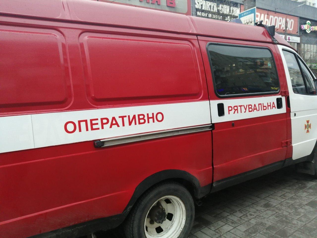 У  Хмельницькому знову повідомили про замінування розважального центру (фото, відео), фото-4