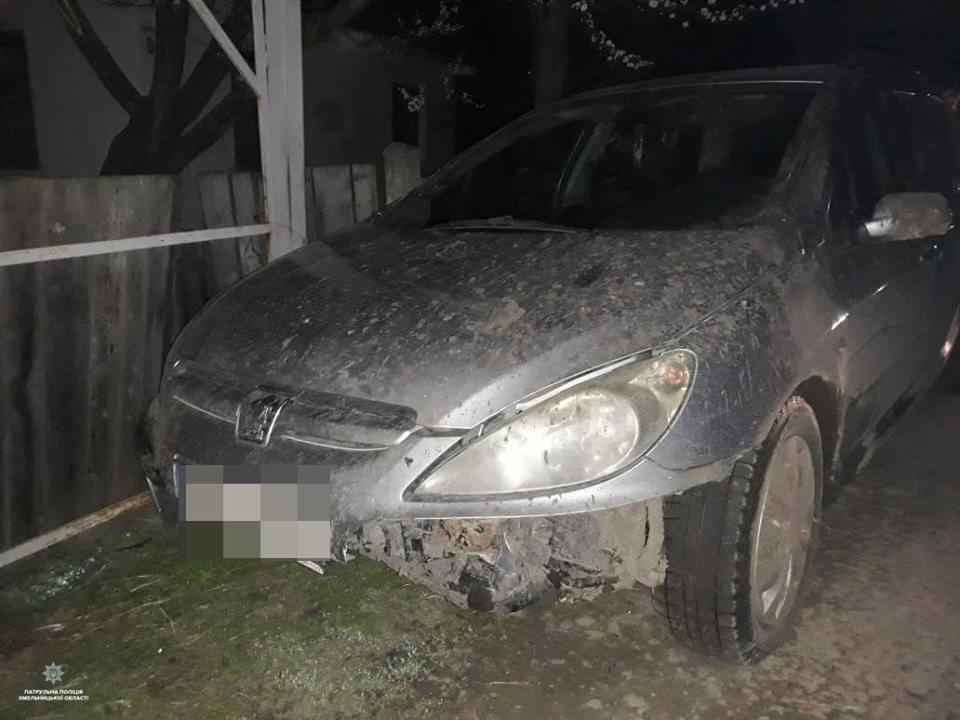 На Хмельниччині затримали п'яного водія на вкраденому авто, фото-1